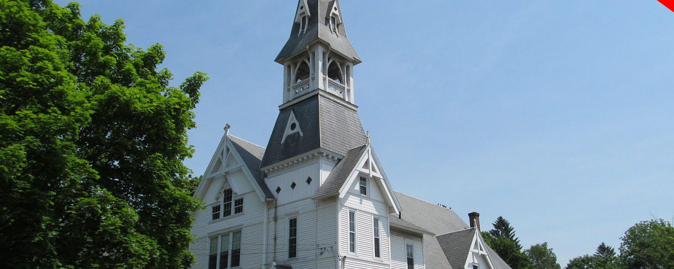 """""""Congregational_Church_of_Christ_North_Leominster_MA"""" by John Phelan is licensed under CC BY 2.0"""